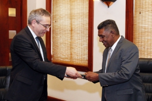 [REPOST] A delegation of Geneva Centre for Security Policy meets Secretary [to the Ministry of Defence of Sri Lanka]